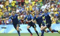 السويد تقصي البرازيل بركلات الترجيح وتبلغ النهائي