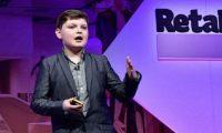 طفل بريطاني يدير مشروعا تجاريا ناجحا