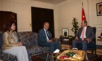 رئيس الوزراء الاردني يؤكد على تعزيز العلاقات مع العراق في كافة المجالات