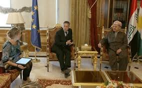 البرزاني يؤكد على اهمية الجانب السياسي في تحرير الموصل