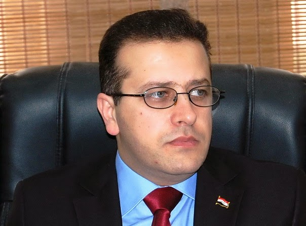 المطالبة بمحاسبة وزير التربية عن فساده وطمر الكتب المدرسية في (المزابل)
