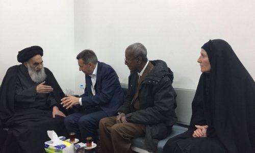 السيستاني يدعو الصليب الاحمر الدولي للاهتمام بالنازحين