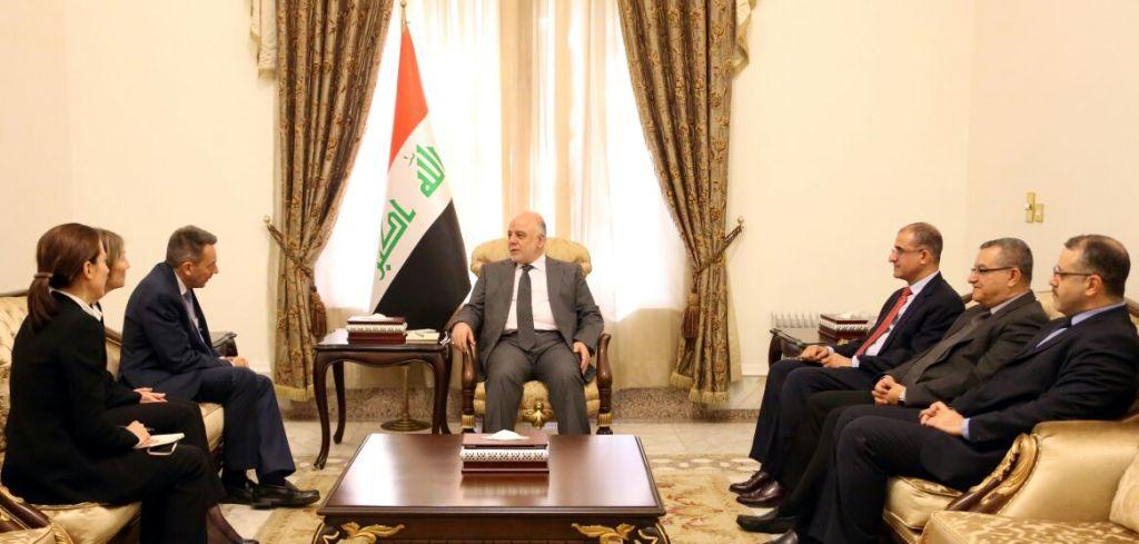 رئيس اللجنة الدولية للصليب الأحمر يدعو العبادي إلى احترام حقوق الإنسان العراقي