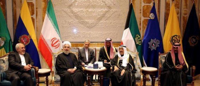 """الرد على طريقة """"التقية""""..روحاني لأمير الكويت :سنرد على المطالب الخليجية لاحقا!"""