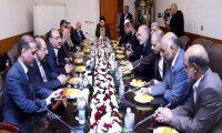 هل ستقوم امريكا باجتثاث المرجعيات اولا أم السياسيين عملاء ايران ؟
