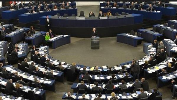 الاتحاد الأوربي يقرر إرسال بعثة أمنية استشارية إلى العراق