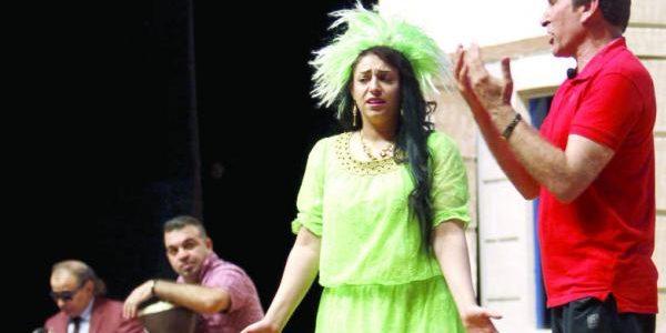 المباشرة والارتجال بين الممثل والجمهور