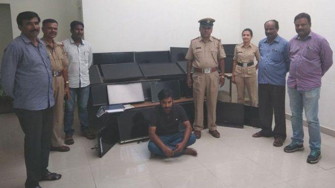 هندي يسرق 120 جهاز تلفزيون من الفنادق