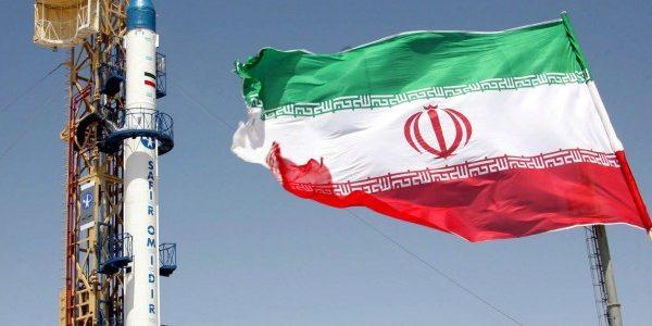 إيران لفرنسا:لن نسمح لأي دولة التدخل في برنامجنا الصاروخي