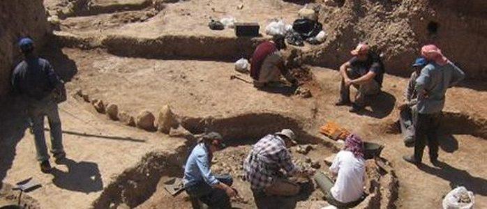 """الناصرية..اكتشافات جديدة في موقع """"تلو"""" الأثري"""