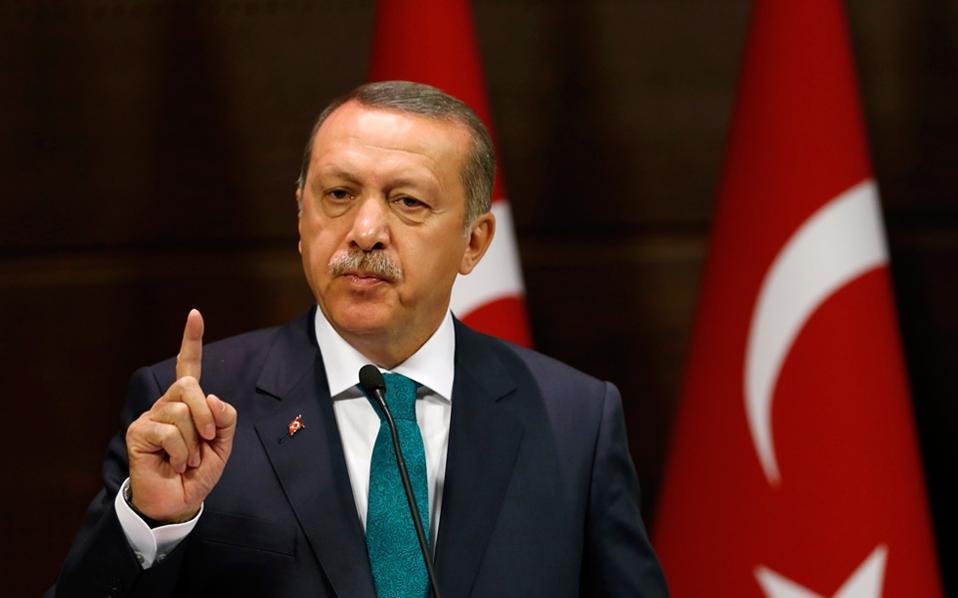 اردوغان:من يسعى لتقسيم تركيا سنمطره بالقنابل