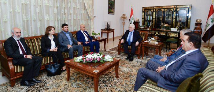 معصوم:الالتزام بالدستور هو جوهر حل الخلافات بين بغداد وأربيل