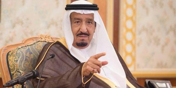 الملك سلمان يؤكد دعم السعودية في إعادة إعمار العراق
