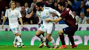 ريال مدريد يبتعد كثيراً عن برشلونة في الدوري الأسباني