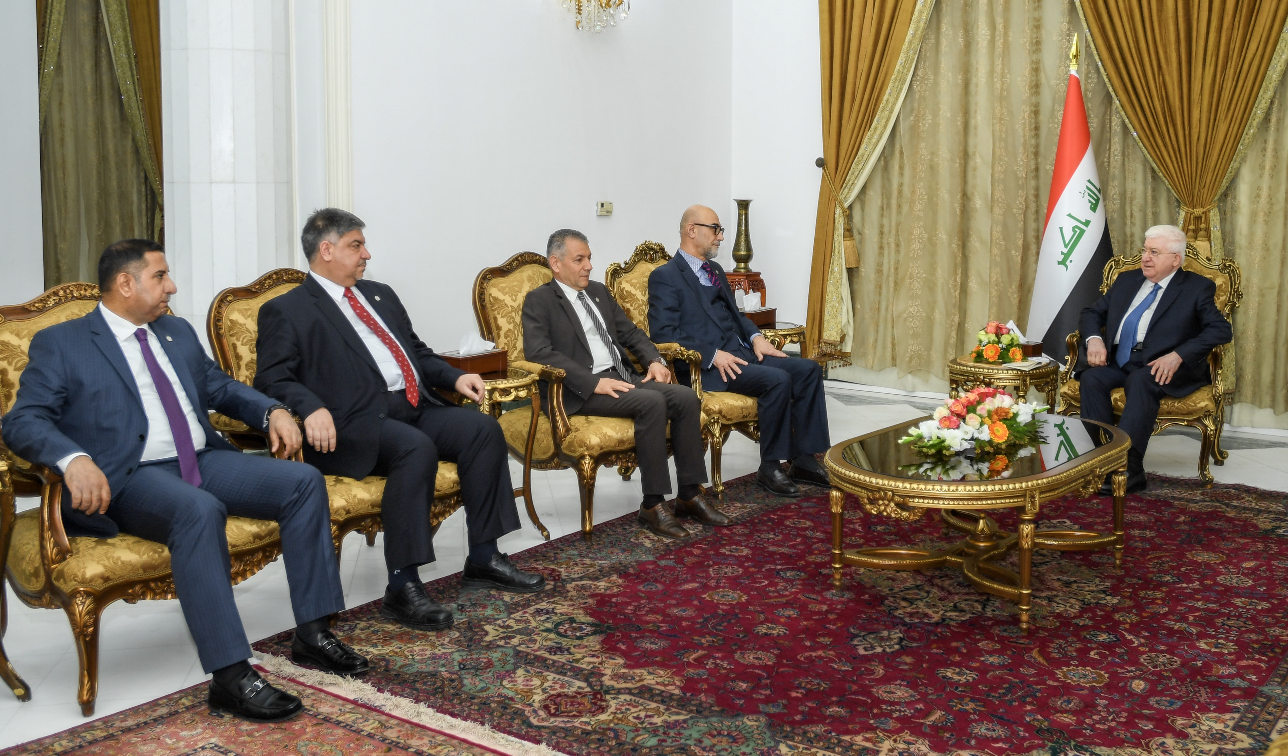 معصوم يدعو سفراء العراق إلى حشد المجتمع الدولي لإعمار المناطق المحررة