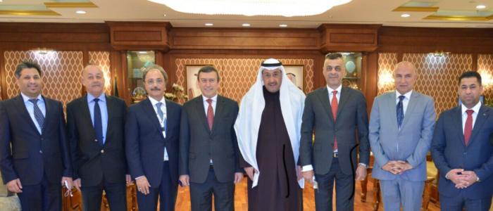 محافظ الفروانيه يستقبل وفدا عراقيا