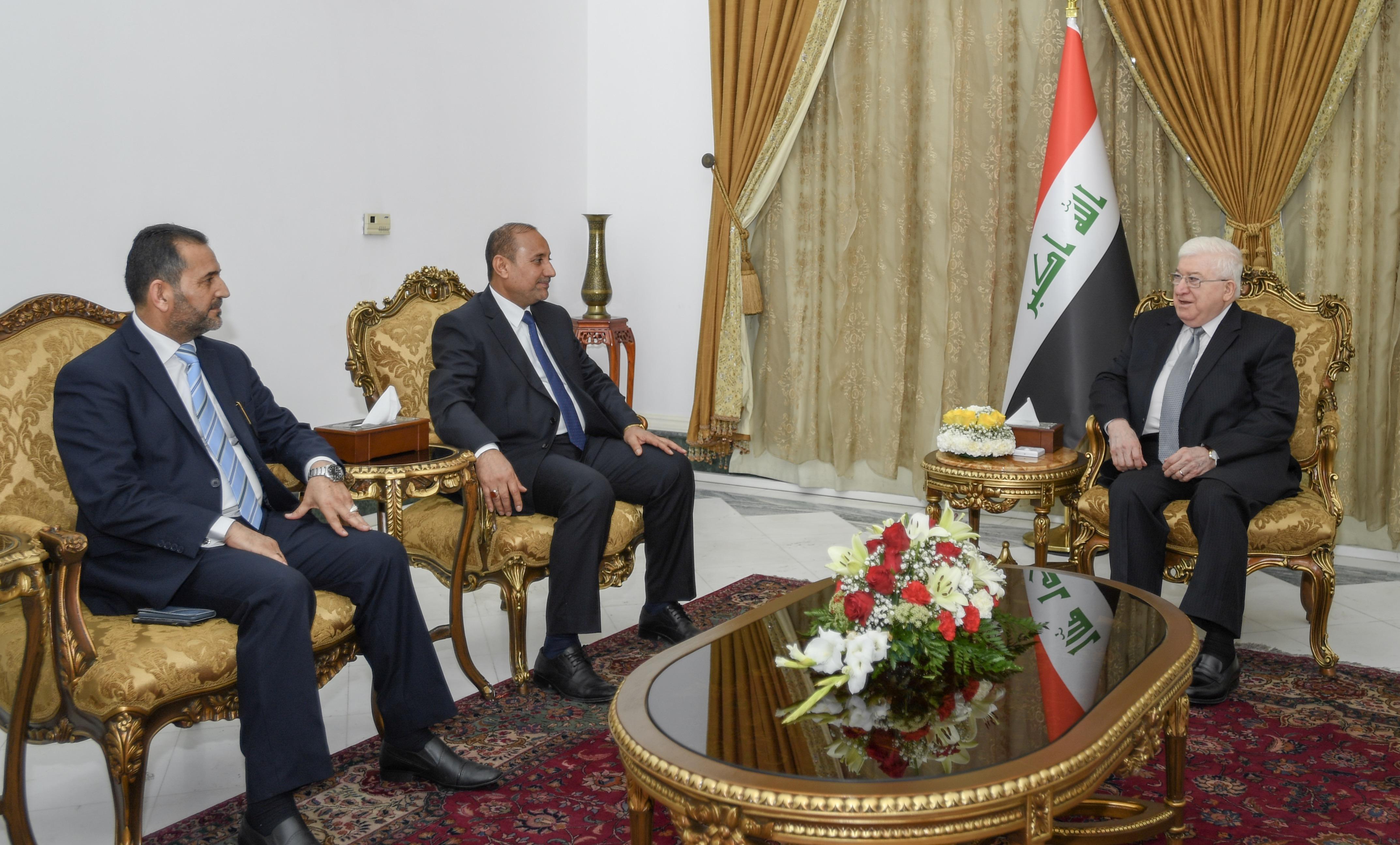 """معصوم يعرب عن """"أسفه"""" للتراجع الخدمي في بغداد"""