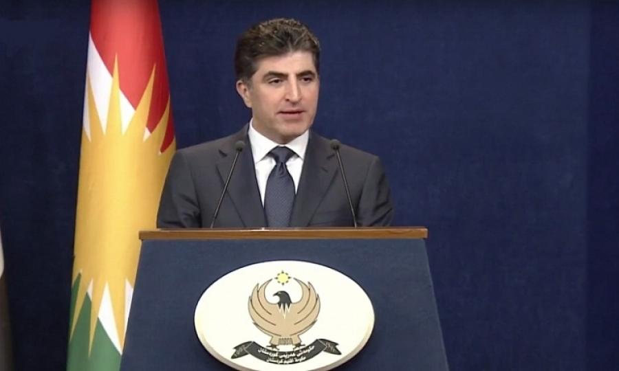 بارزاني:الأكراد مواطنون عراقيون وصرف رواتبهم من مسؤولية الحكومة الاتحادية