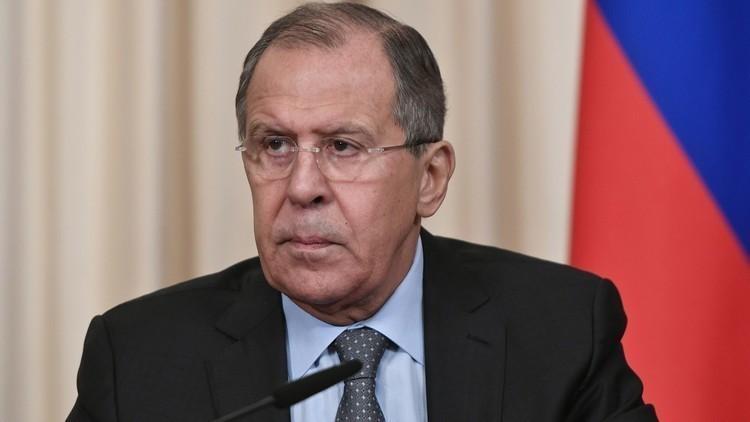"""روسيا تطرد دبلوماسيين بـ """"الجملة"""""""