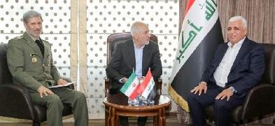 """حاتمي يعلن عن """"تطوع حماسي للشباب الإيراني للقتال في العراق""""!"""