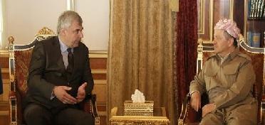 """مسعود """"يثمن"""" الموقف الروسي في دعم الأكراد"""