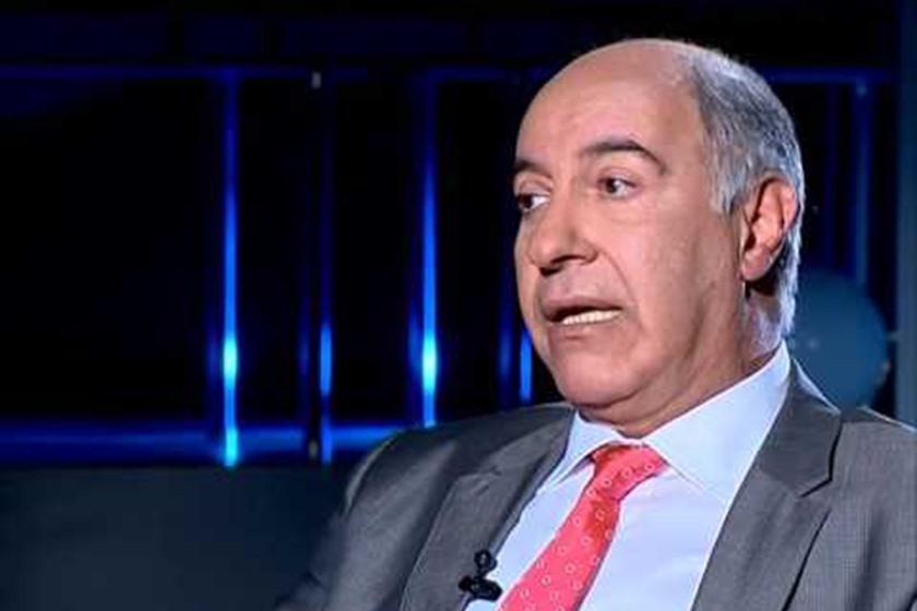 وزير تحت مطرقة الفساد
