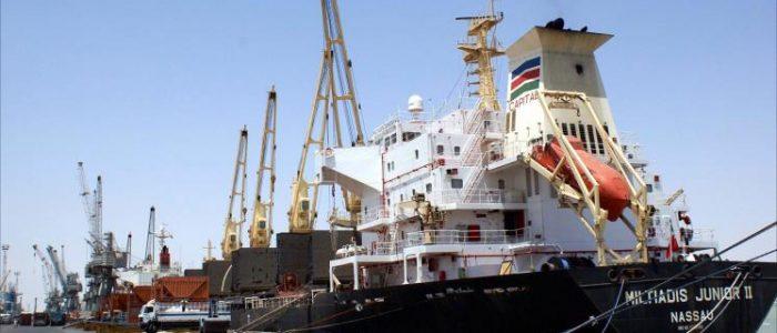 تقرير:أرصفة ميناء أم قصر موزعة بين فصائل الحشد بوارد ملايين الدولارات شهريا!