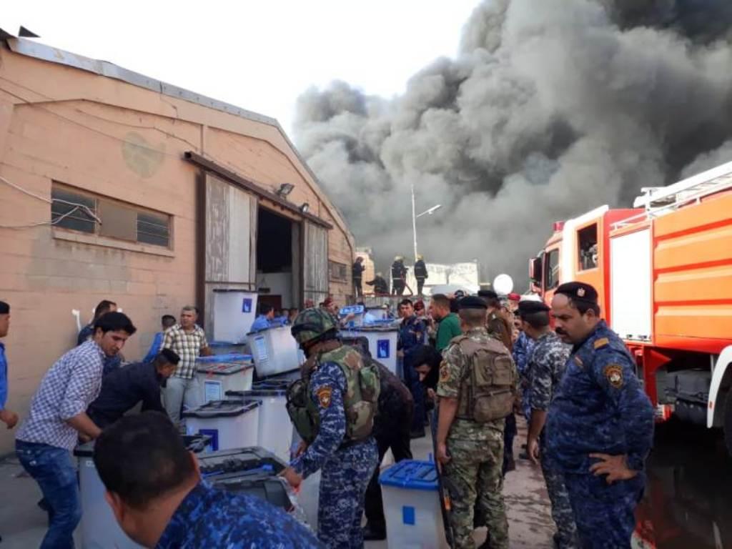 بحرق مخازن المفوضية، انتم تحرقون العراق أيها السادة