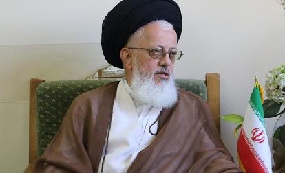 يفترض طرده..(ممثل) خامئني يتطاول على رئيس وزراء العراق