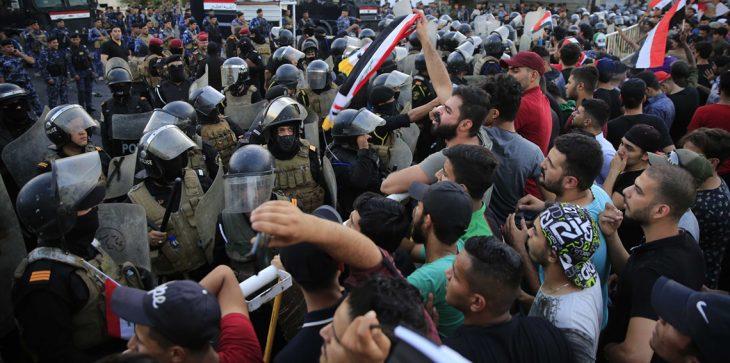 """حزب علاوي """"قلق""""من حملة اعتقالات متظاهروا البصرة"""