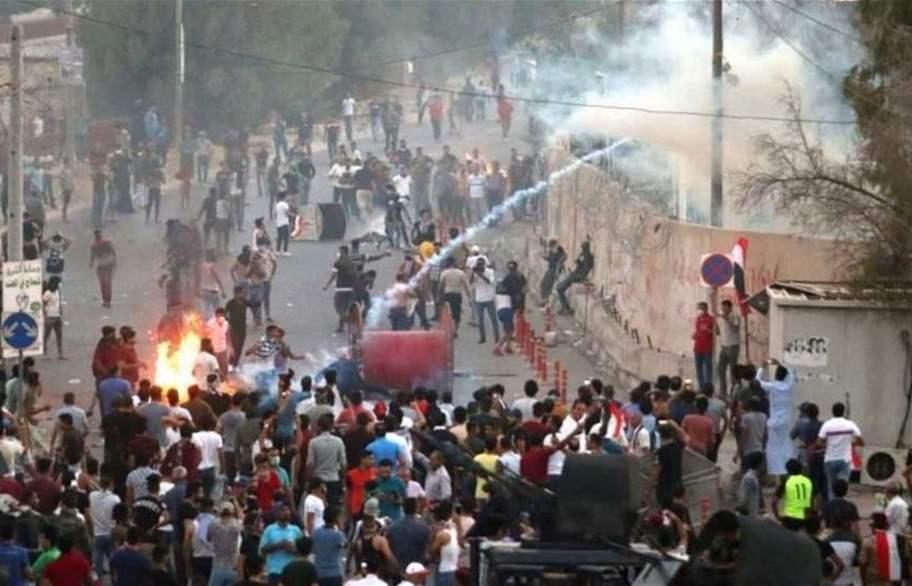 أعيان البصرة:مليشيات الأحزاب الشيعية وراء حرق مباني المحافظة