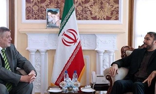 كوبتيش يدعو حكومة طهران إلى تشكيل الحكومة العراقية القادمة!!!