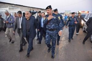 """عبد المهدي لبائعي الأسماك:  أطمئنوا """" أسماك العراق بخير"""""""