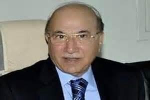 الدستور العراقي في عيون مدحت المحمود …