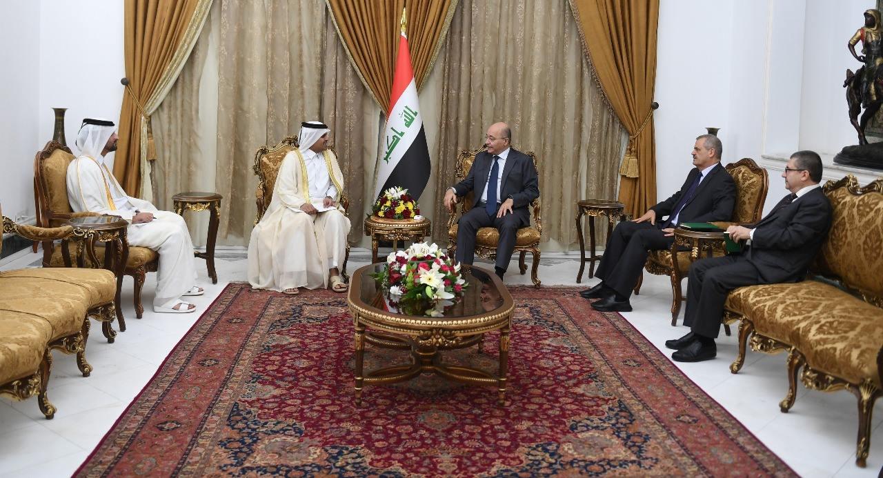 دعوة رسمية لصالح لزيارة قطر