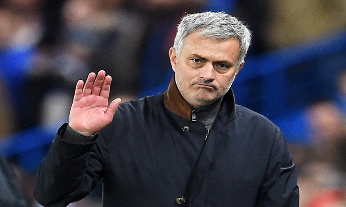 إقالة المدرب مورينيو كمدرب لمانشستر يونايتد