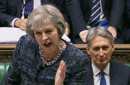 اليوم..البرلمان البريطاني يشهد اقتراعا لسحب الثقة عن ماي