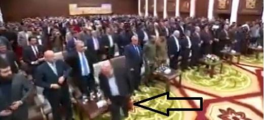 الآلوسي يطالب بطرد السفير الإيراني لعدم أحترامه لشهداء العراق