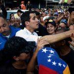 الاتحاد الأوروبي والولايات المتحدة يدعوان فنزويلا إلى السماع لصوت الشعب