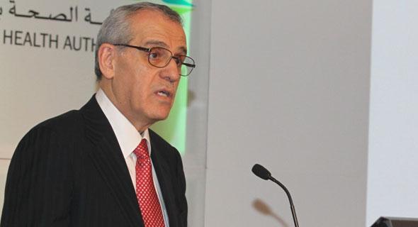 وزير الصحة يعلن إلغاء معظم  أجور الخدمات الصحية