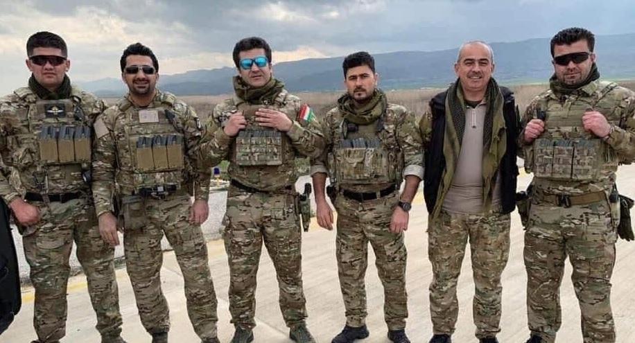 """بدون علم  القائد العام..قوة بولاد طالباني تصل الباغوز """"لالتقاط صور على طريقة رامبو""""!"""