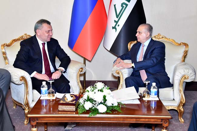 الحكيم وباريسوف يؤكدان على تعزيز العلاقات بين بغداد وموسكو