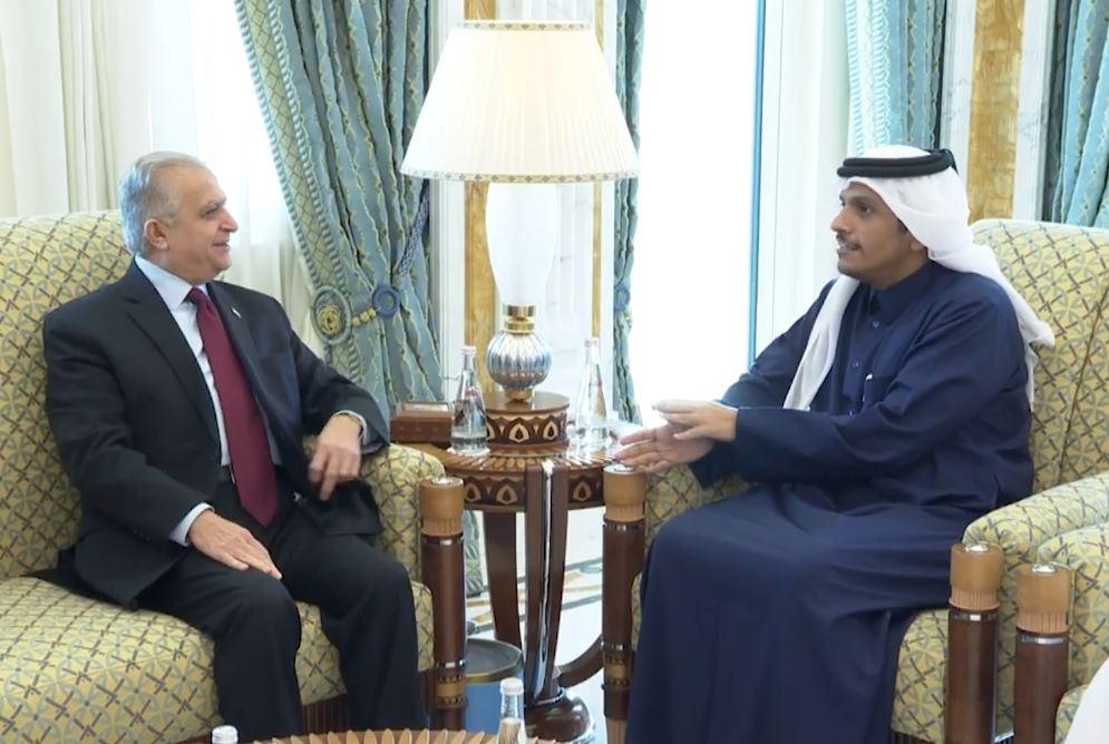 وزير الخارجية العراقي ونظيره القطري يؤكدان على تعزيز العلاقات بين البلدين