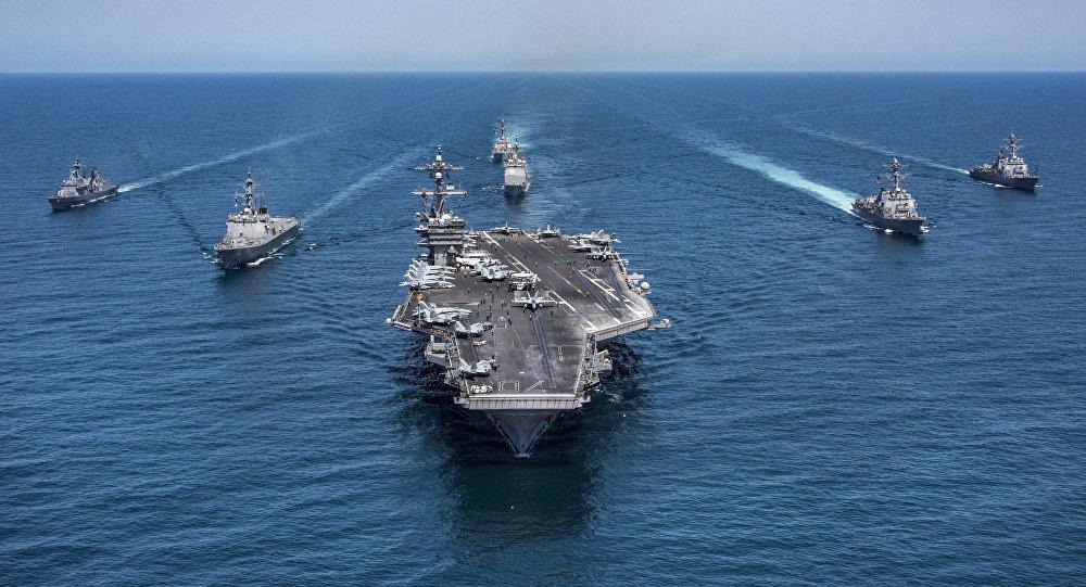 صحيفة:معلومات استخبارية دقيقة وراء  التواجد العسكري الأمريكي في الخليج العربي