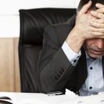 9 أشياء قد تقتل حياتك المهنية.. فاحذرها