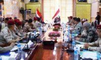 عبد المهدي يؤكد على تعزيز العلاقة بين الجيش والحشد الشعبي