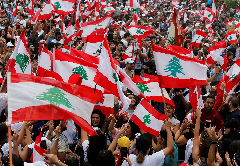الاحتجاجات في لبنان تدخل يومها السابع