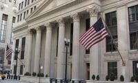 الخزانة الأميركية تفرض عقوبات على 10 شخصيات وكيانات إيرانية