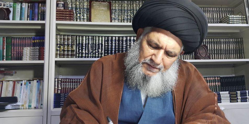 المرجع حسن الموسوي يطالب ترامب بوضع اليد على أموال العراق تحسبا لنقلها إلى إيران