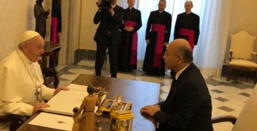 البابا يؤكد لصالح على دعم العراق وتغليب لغة الحوار وتعزيز التعايش السلمي